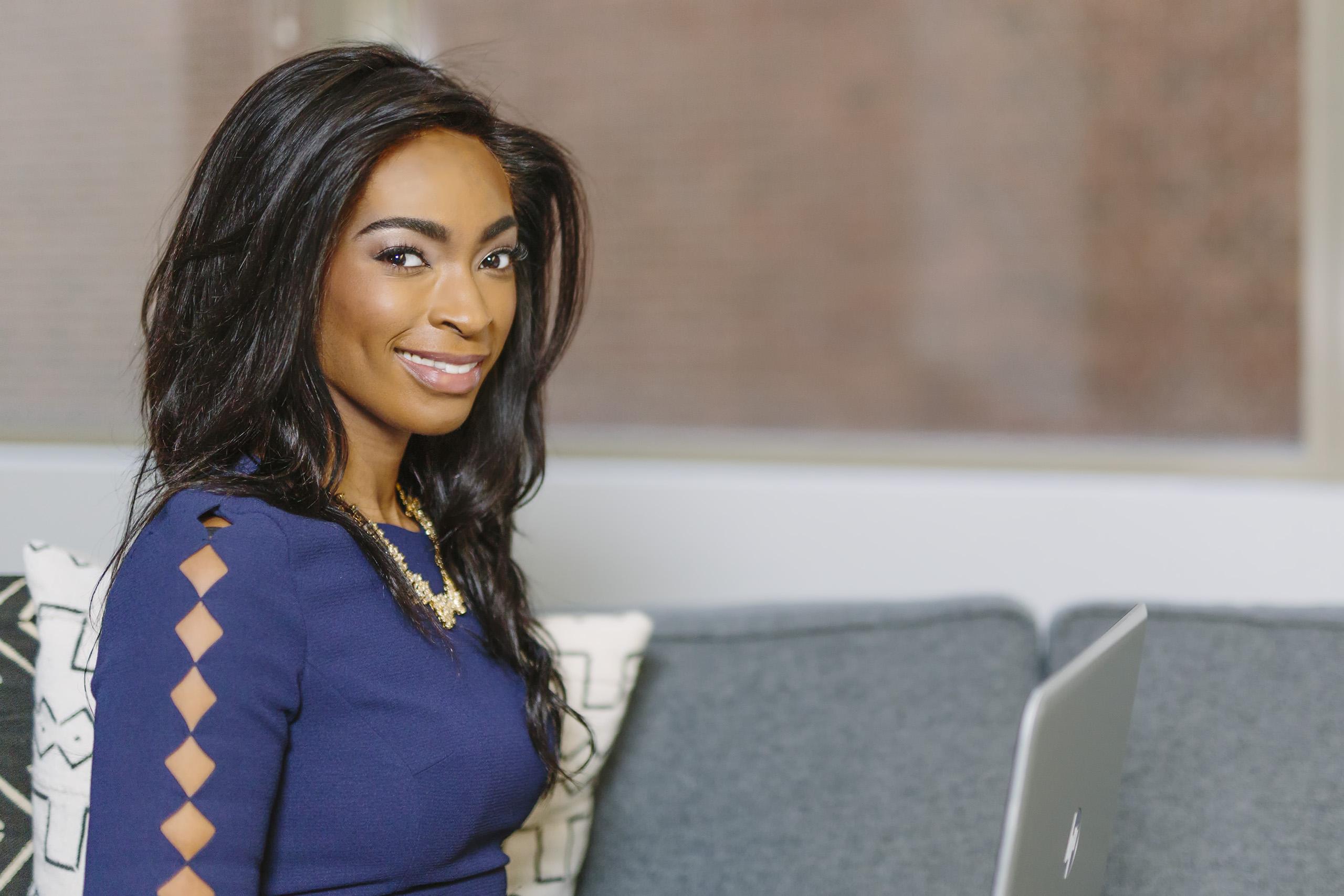 Lisa Simone Richards | Publicity Coach | Influential Women Every Wellness Entrepreneur Should Follow