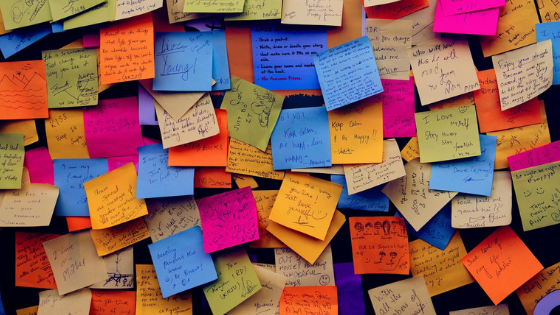 Positive affirmations - sticky notes   Get over your fear of being seen   Making Lemonade with Krista Goncalves